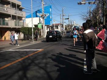 佐藤、走る!!(写真はなぜか遠め。。。)